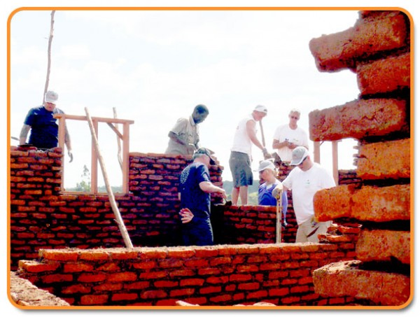 peter bindels in malawi   De Vakman
