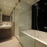 Training GLAZZ producten badkamer